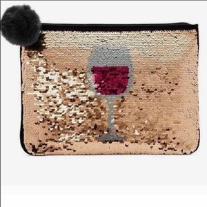 Stella and Dot reversible wine pouch.